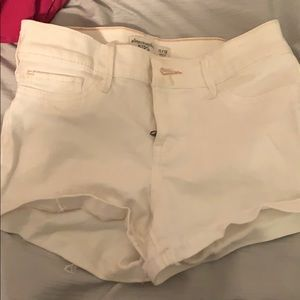abercrombie kids white shorts